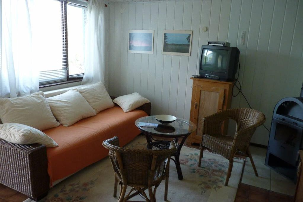 Bungalow f r naturfreunde in ahlbeck nahe ostsee for Couch zum ausklappen