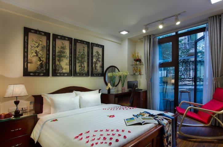 SUITE ROOM w/Balcony in Old Quarter - Hanói - Bed & Breakfast