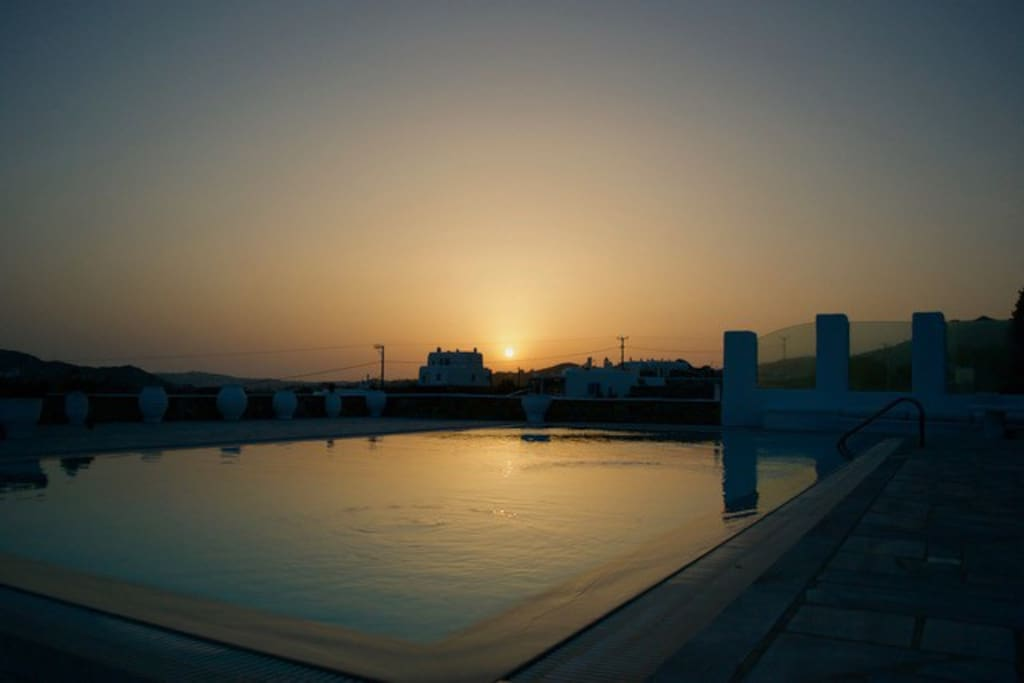 Sunset view from the pool (2)
