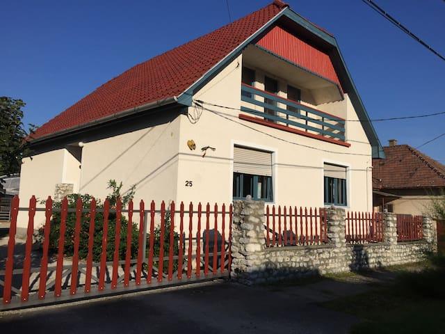 Tulipan Haz - Szilvásvárad - Haus