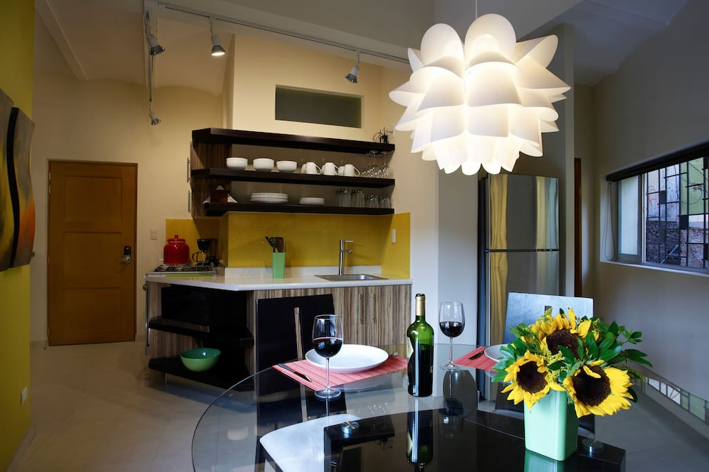 Kitchen/Dining room Tango