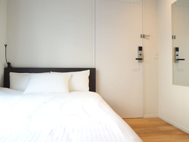 6 mins to Akiba,Balcony&Cozy&Design New hotel room