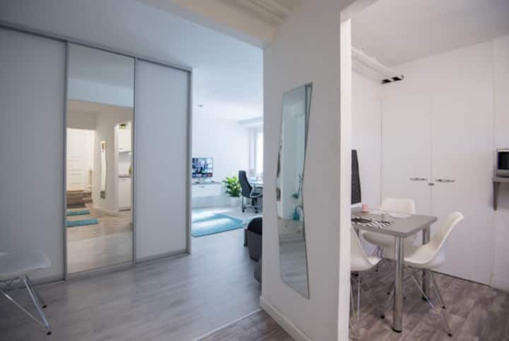 Homelike Modern apartment in central location