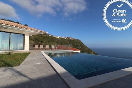 Villa Palheiros - A Magnificent Ocean View