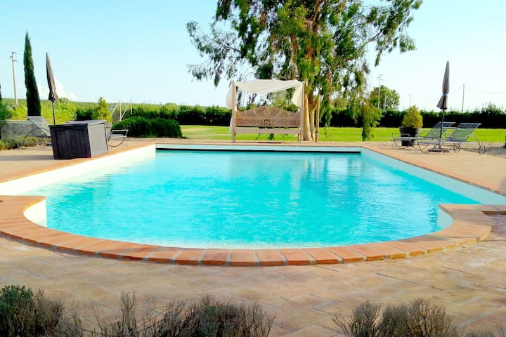 Villa Culla, charming property with pool