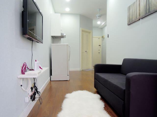 Cozy Apartment @ City Centre