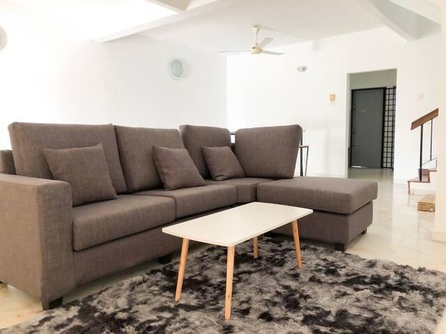 Super Cozy House. Bandar Utama, Petaling Jaya