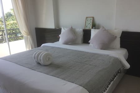 One bedrooms in quiet place Thai