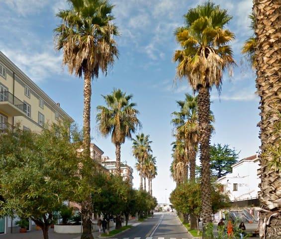 Grazioso attico centralissimo - San Benedetto del Tronto - Apartamento