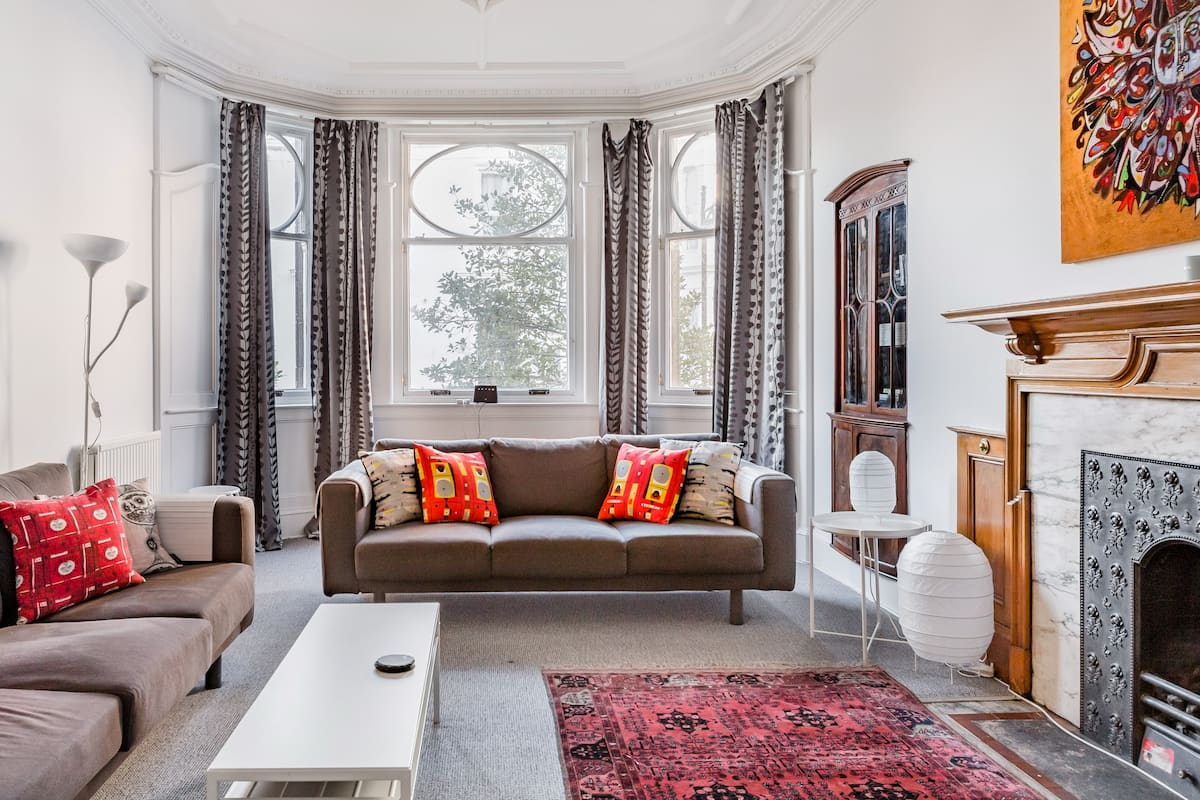 A Stunning Mansion Flat with Fabulous Period Features