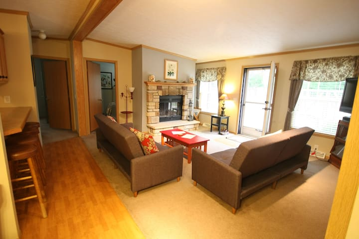 Creekside Cottage Goldberry Woods Boutique Hotels For In Union Pier Michigan United States