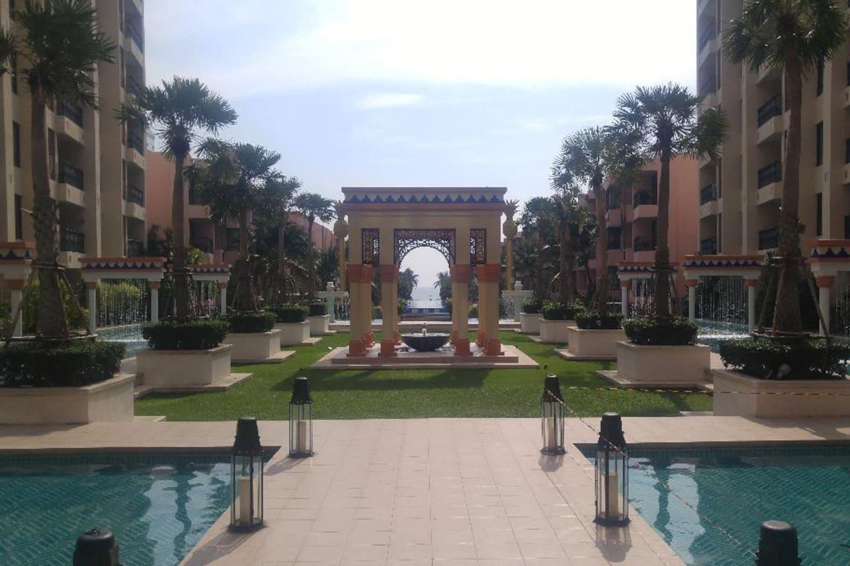 Beachfront Marrakesh Condo 206, Hau Hin, Thailand. 5minute walking distance to big shopping mall Blue Port