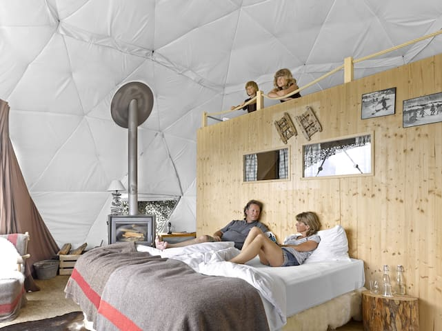 "Sleep in a ""pod""! Nature & luxury - Monthey"