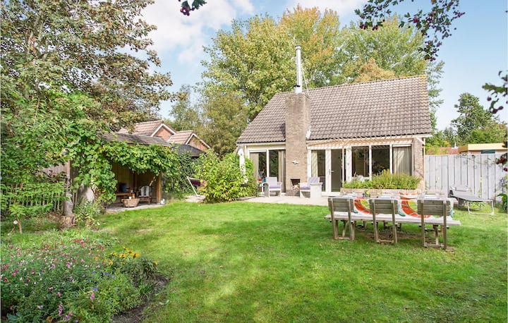 Nice home in Lauwersoog with WiFi and 3 Bedrooms