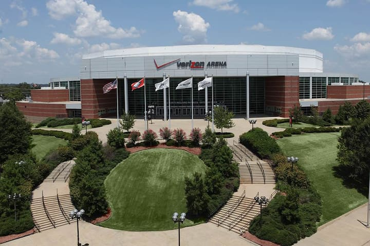 Verizon Arena hosts concerts, games, exhibitions and other events.  It is a mile from Rockwater--bike, drive or walk over and enjoy the show.