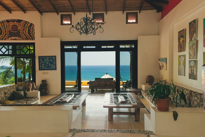 Domical  Ocean View Suite-bedroom+living room - Uvita - Ev