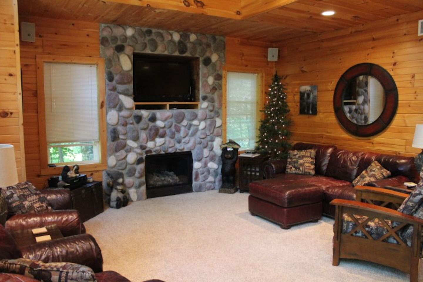 cedar house rules chalets for rent in cedar michigan united states