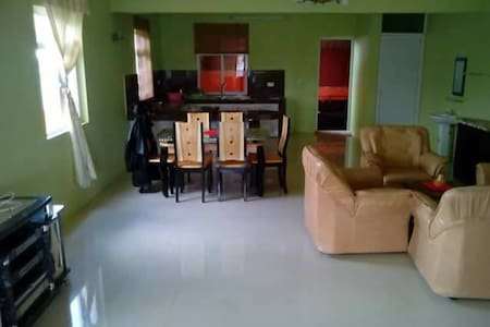 Clean and cozy house with 3 bedrooms - Vacoas-Phoenix - Casa