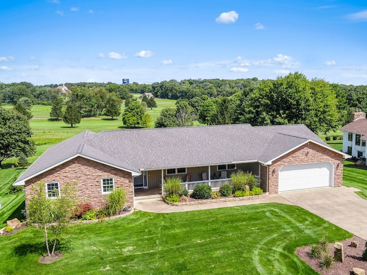 Beautiful home on Apple Valley Golf Course