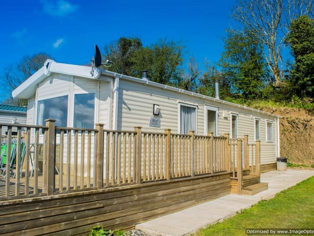 Mobile Home-Superior-Private Bathroom-Garden View
