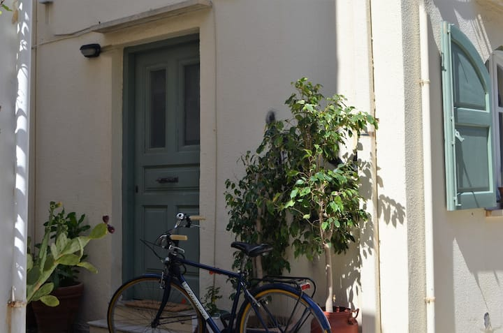 Stylish Studio – In the heart of Rethymno Old Town
