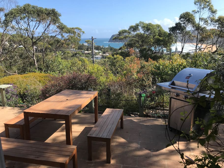 Bbq and outdoor dining with a view