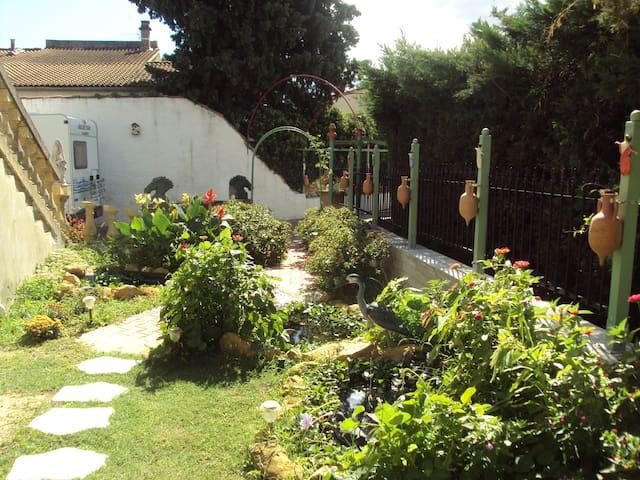 Appartement avec jardin - Orange - Apartment