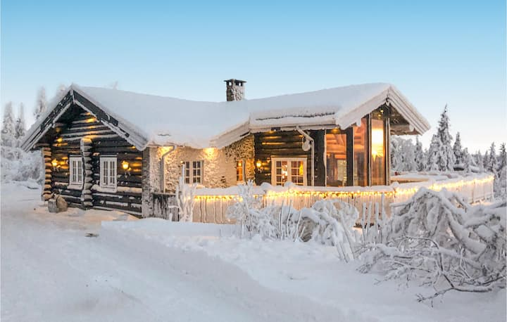 Beautiful home in Trysil with Jacuzzi, Sauna and WiFi