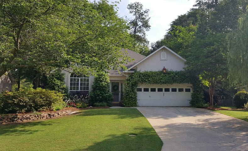 Augusta Masters Week rental.  TEN mins to course. - North Augusta - Maison
