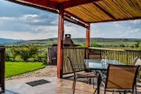 WILD PEAR TREE COTTAGE - Krugersdorp - 一軒家