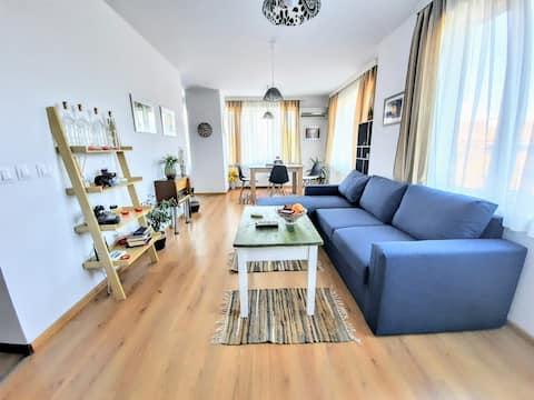 Onverslaanbare locatie: Nieuw & comfortabel appartement