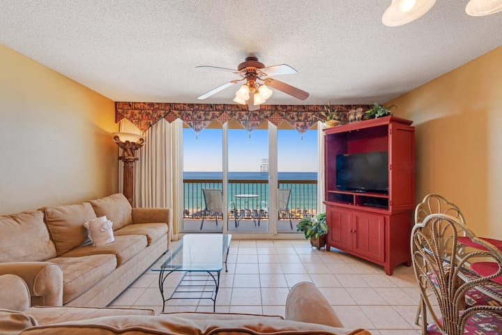 One bedroom condo w/gulf views, shared pool access and private balcony