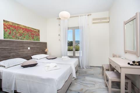 Heart of Paros Apartments - Eva Apartment