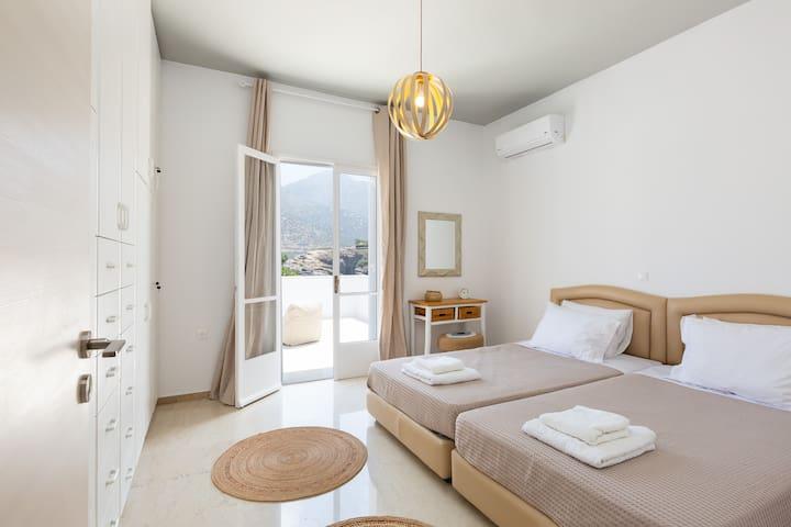 Sea-esta Beach House!