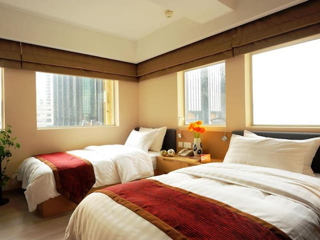 Wanchai Twin Rm(5Mins walk to HKCEC)DailyMaid