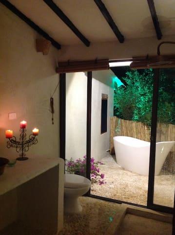 ANDROMEDA ROMANTICA 2, EN MANANTIAL DEL TEQUENDAMA - Anapoima - โรงแรมบูทีค