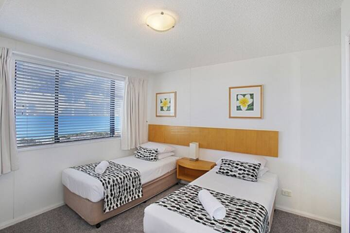 comfortable apartment in the heart of maroochydore
