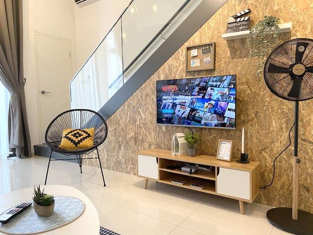 ⭐️ Awesome duplex suite ⭐️ @ Ekocheras Mall-Link MRT