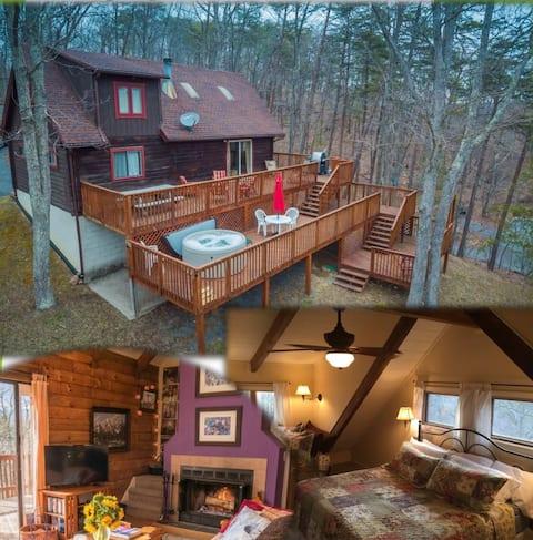 Horizon Hill - Log Cabin w/Hot Tub & Views!