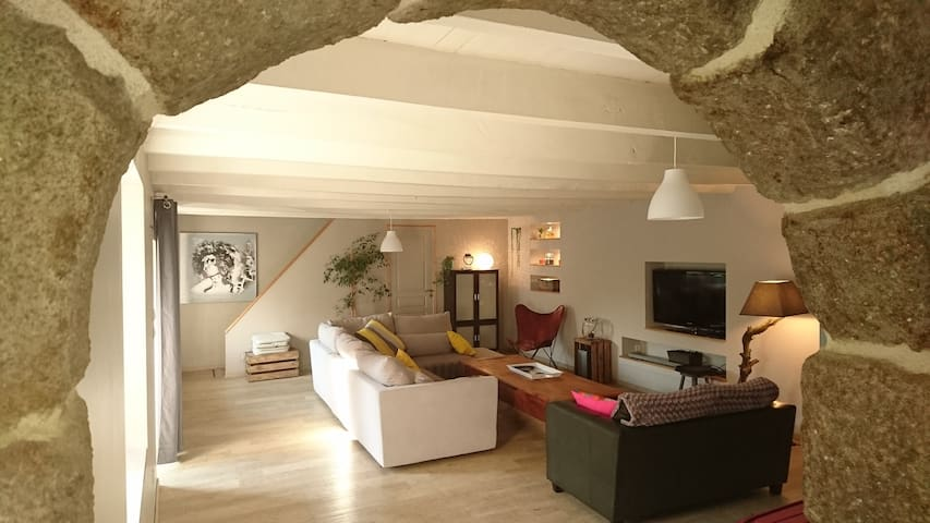 Belle Chambre dans longère 2min de la  Ria d'Etel - Landaul - Haus