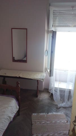 Room in the city centre - Herceg - Novi - Casa