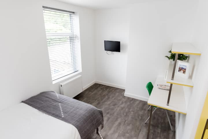 Stylish Double Room Bills EXCLUDED v20