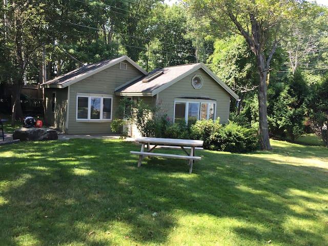 Crockett Cottage