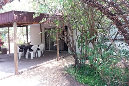 SIMWANZA self  catering luxury 3 bedroomed house