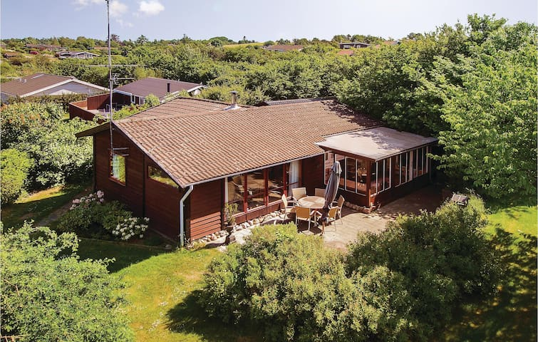 Holiday cottage with 3 bedrooms on 67m² in Fårevejle