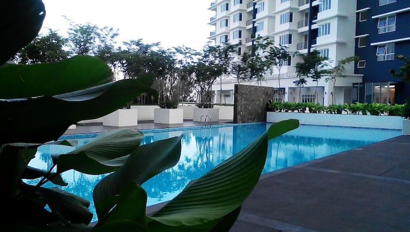 HOTEL-like! Homestay @ Seksyen 13 Shah Alam - Shah Alam - Condomínio