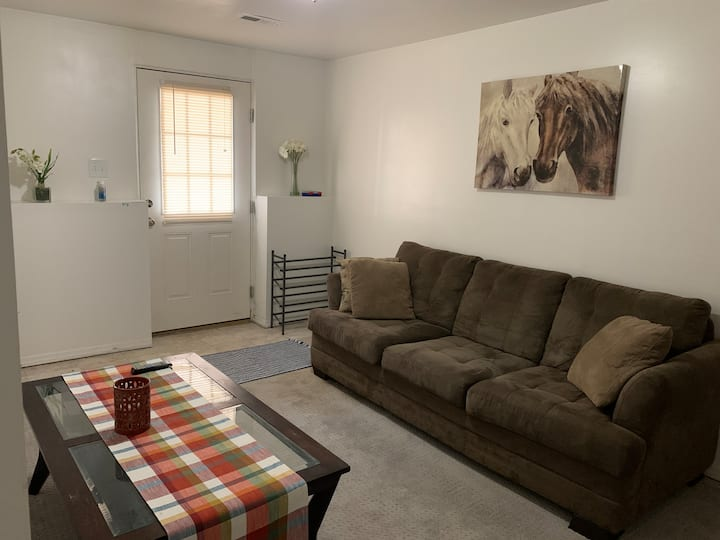 Private Suite, Cozy Bedroom w/ all Amenities