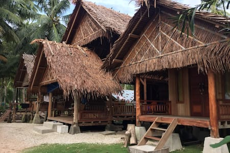 Bungalow for 4, Bagus Surf Camp, Mentawai Islands