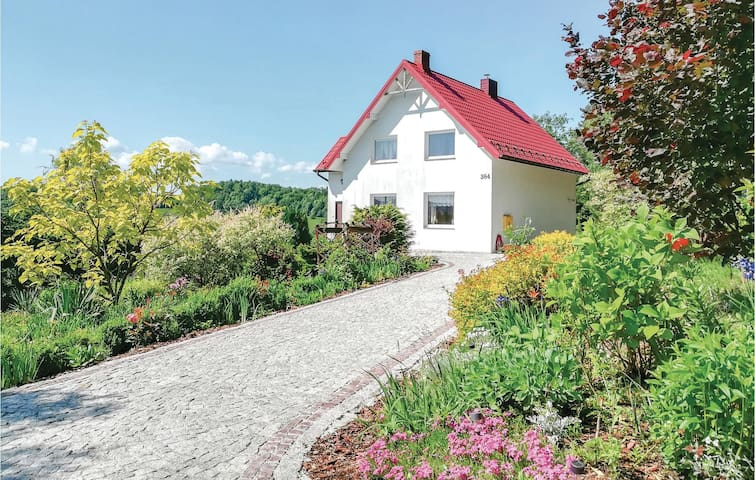 Holiday cottage with 3 bedrooms on 100m² in Limanowa