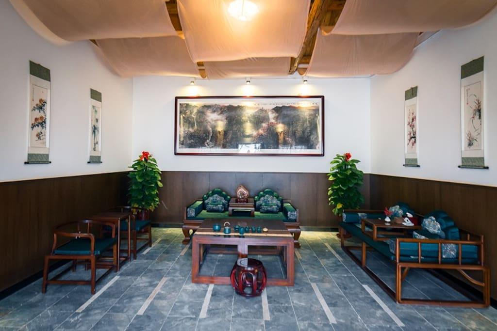 圣泉居客厅